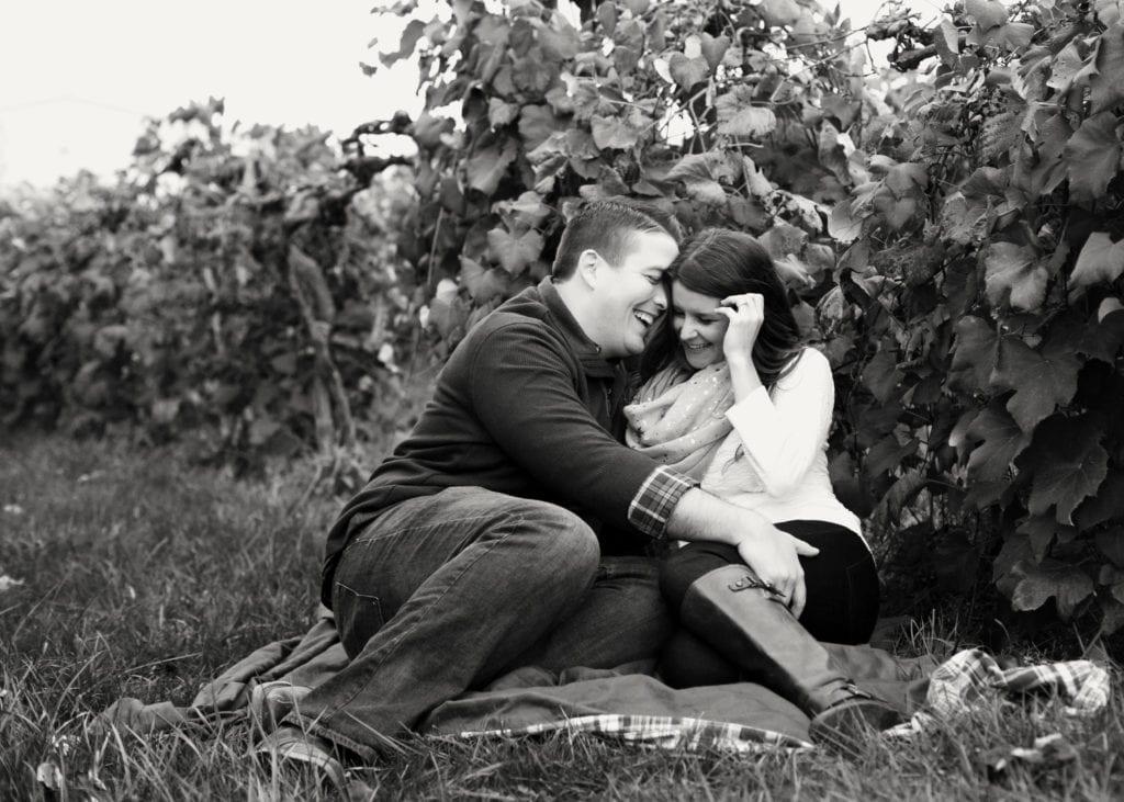 Engagement_RachaelIcePhotography_HubersWinery